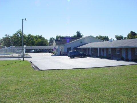 фото Monticello Inn 487940966