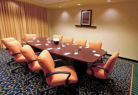 фото Hampton Inn & Suites Ridgecrest 487941380