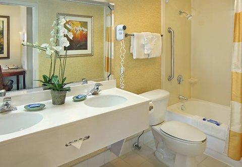 фото Fairfield Inn and Suites by Marriott Palm Beach 487943406