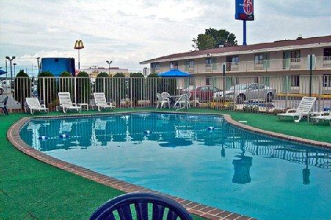 фото Motel 6 Springfield - Chicopee 487944212