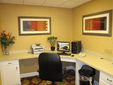 фото La Quinta Inn & Suites Mobile - Daphne 487945668