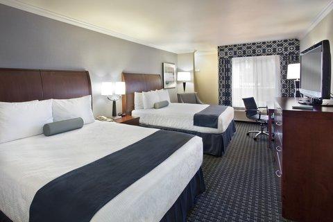 фото Best Western Plus Marina Shores Hotel 487947513