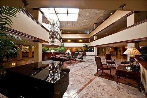 фото Westford Regency Inn & Conference Center 487948322