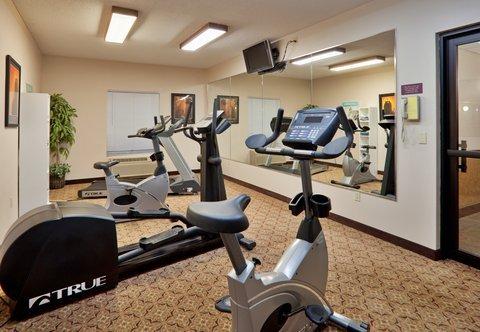 фото Holiday Inn Express Hotel - Hutchinson (At the Mall) 487950348