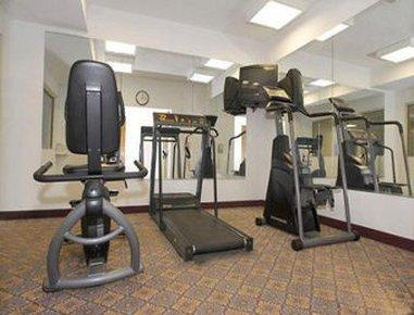 фото Baymont Inn & Suites Fort Wayne 487950524