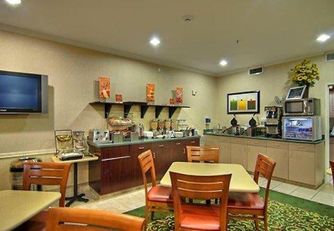 фото Fairfield Inn & Suites Medford 487950769