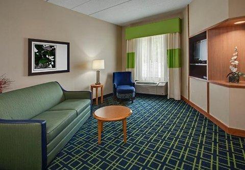 фото Fairfield Inn by Marriott Hazleton 487953343