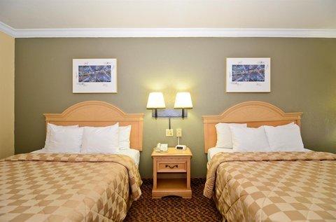 фото Comfort Inn 487955157