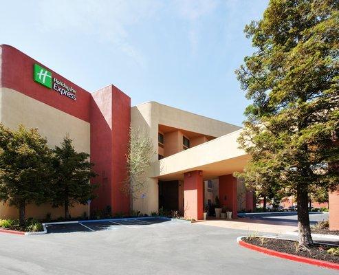 фото Holiday Inn Express Hotel Union City 487956456