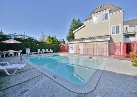 фото Budget Inn Redwood City 487958270