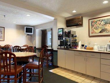 фото Microtel Inn by Wyndham Henrietta 487959343