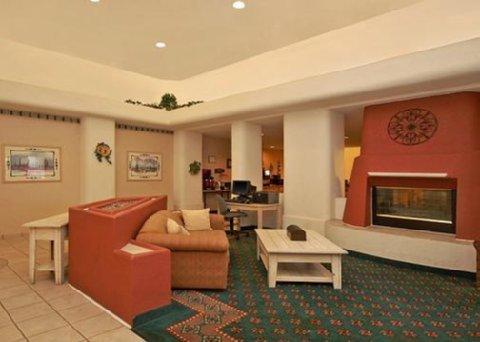 фото Comfort Suites Peoria 487962158