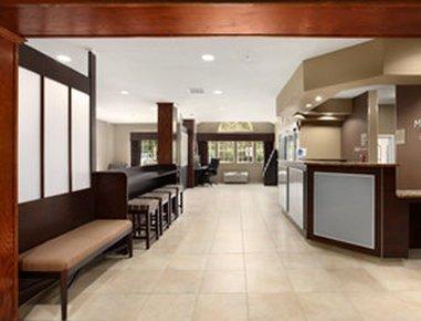 фото Microtel Inn & Suites by Wyndham Columbia 487962410