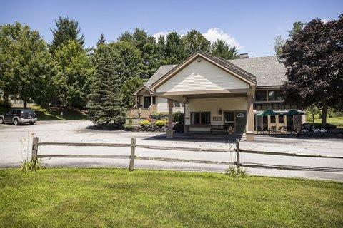 фото Best Western Inn & Suites Rutland/Killington 487963160