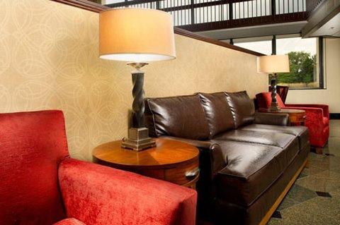 фото Drury Inn & Suites Columbus Northwest 487963796