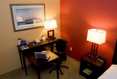 фото Holiday Inn Nashua 487964127