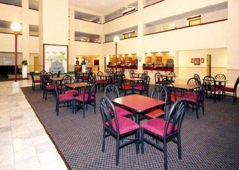 фото Comfort Inn Collinsville 487964486