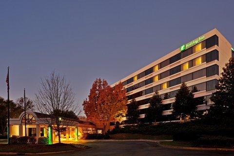 фото Holiday Inn Winston-Salem 487969578