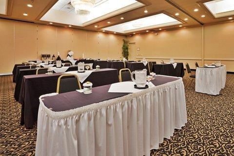 фото Holiday Inn Winston-Salem 487969593