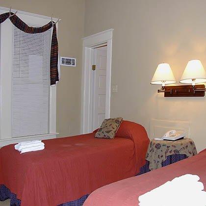 фото Portage Point Inn Onekama 487970112