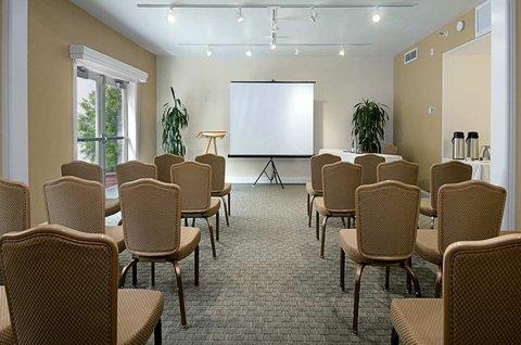 фото Hilton Santa Cruz/Scotts Valley 487972255