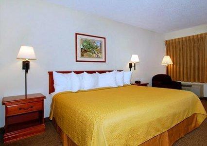 фото Quality Inn & Suites Savannah North 487973818