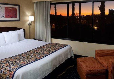 фото Courtyard by Marriott Cypress Anaheim / Orange County 487976733
