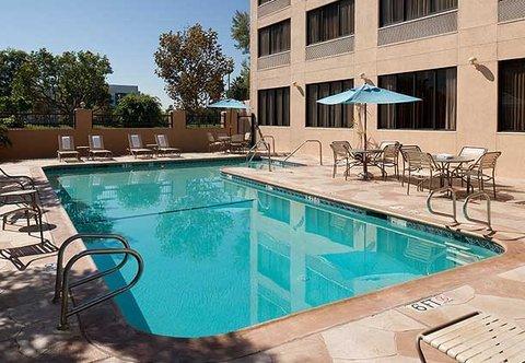 фото Courtyard by Marriott Cypress Anaheim / Orange County 487976734
