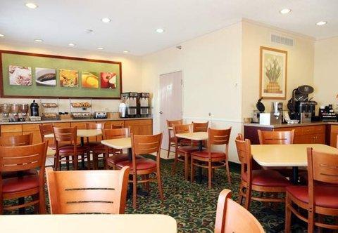 фото Fairfield Inn Gurnee Hotel 487977309