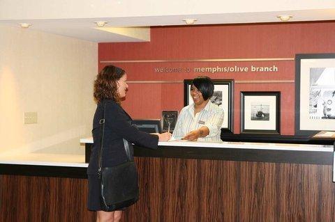 фото Hampton Inn Olive Branch 487978734