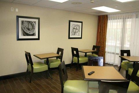 фото Hampton Inn Olive Branch 487978735