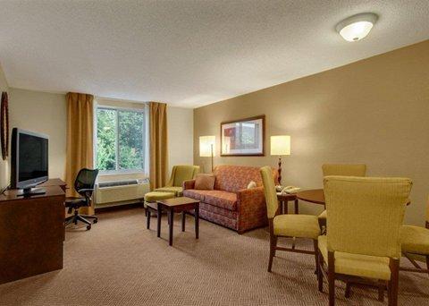 фото Comfort Inn & Suites Loon Mountain 487978935