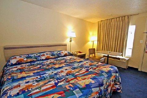 фото Motel 6 Columbia - West 487979066