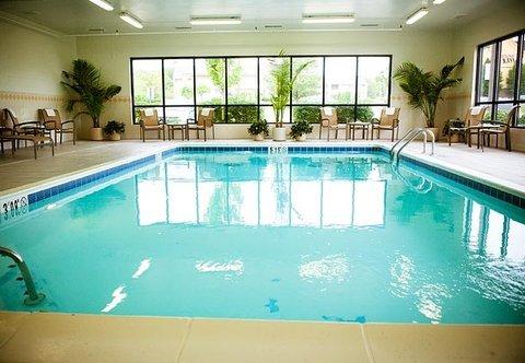 фото Fairfield Inn & Suites Cincinnati North/Sharonville 487981036