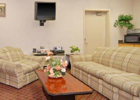 фото Econo Lodge Vineland 487983039