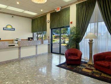 фото Days Inn N Orlando / Casselberry 487983109