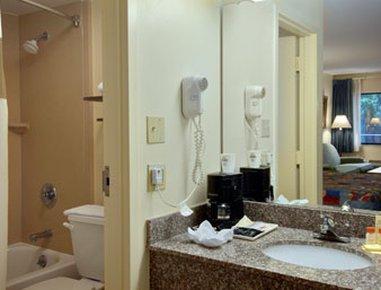 фото Days Inn N Orlando / Casselberry 487983115