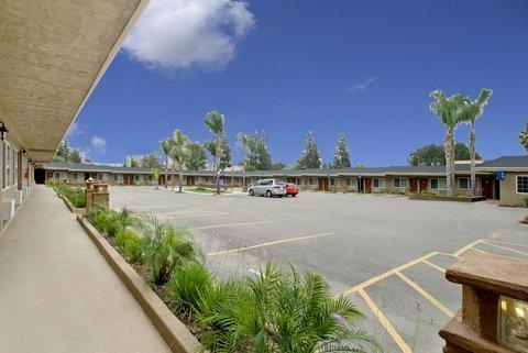 фото Americas Best Value Inn San Bernardino 487983739