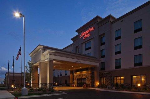 фото Hampton Inn Beloit 487983837