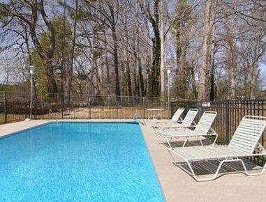фото Days Inn Atlanta Stone Mountain 487985400