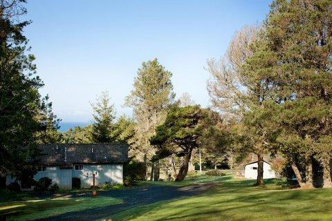 фото The Andiron - Seaside Inn & Cabins 487986359