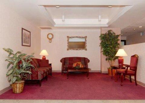 фото Comfort Inn Midway 487987011