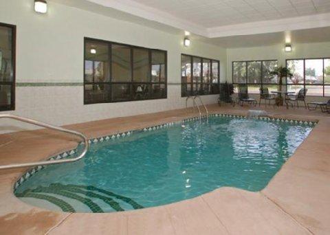 фото Comfort Inn Cheektowaga 487987133