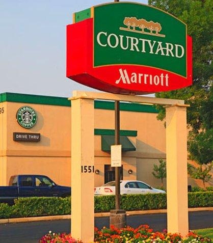 фото Fresno Airport Hotel 487988651