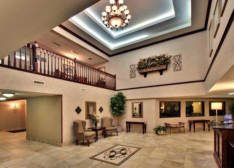 фото Holiday Inn Express Watertown 487989634