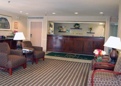 фото Quality Inn Colchester Burlington 487992577