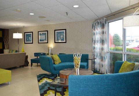 фото Fairfield Inn & Suites Hickory 487993587