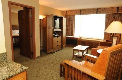 фото Doubletree Hotel Libertyville-Mundelein 487995964