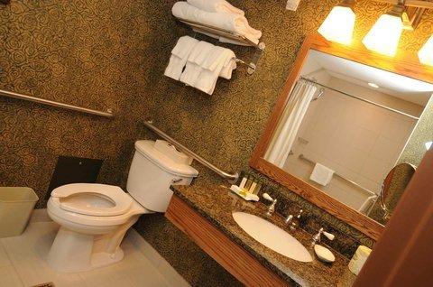 фото Doubletree Hotel Libertyville-Mundelein 487995972