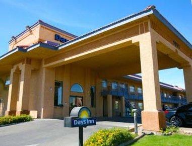 фото Days Inn Yuma Hotel 487998975